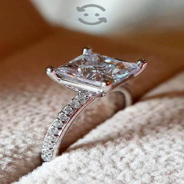 Anillo de compromiso plata con baño de oro blanco