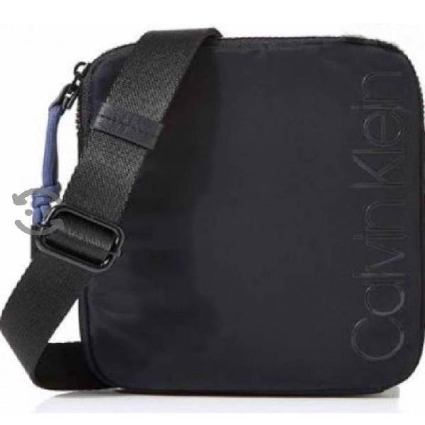 Crossbody original Calvin Klein negra
