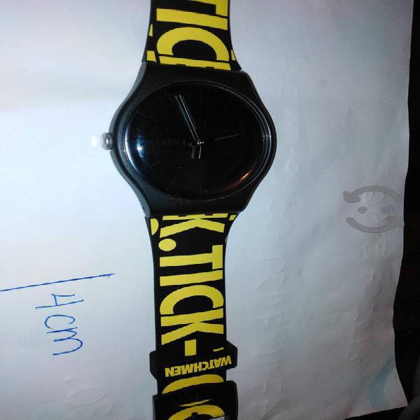 Reloj swatch de colección watchmen seminuevo