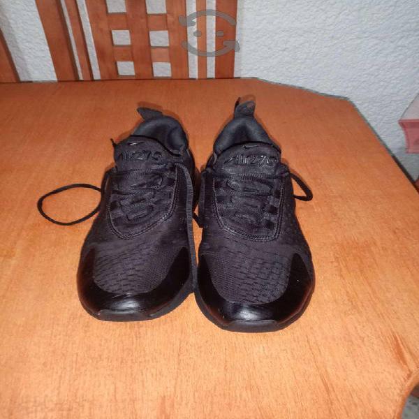 Tenis Nike Negros usados
