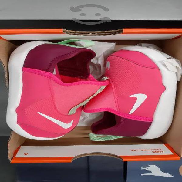 Tenis Nike Nuevos para Niña No. 14