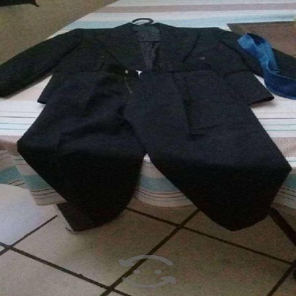 Traje de vestir niño