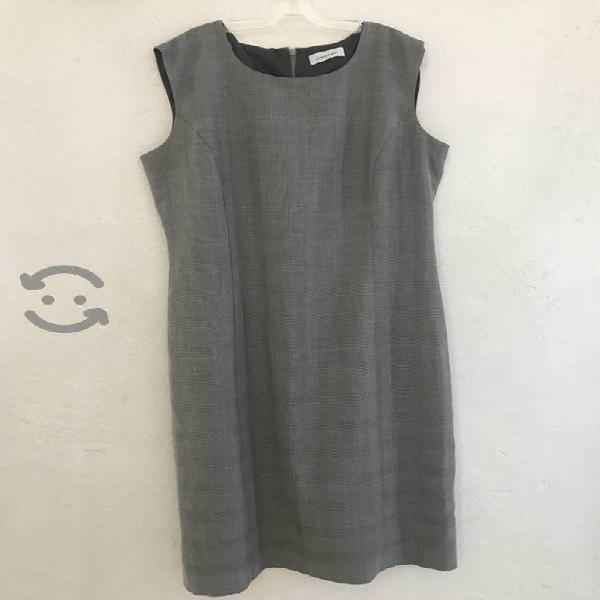 Vestido Calvin Klein color gris