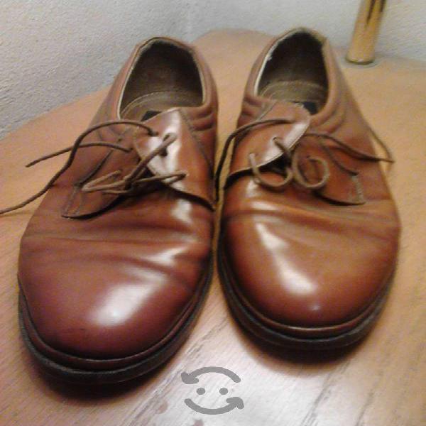 Zapatos de medio uso en excelente condicion remato