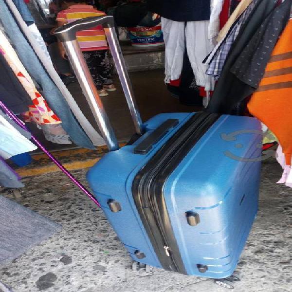 maleta d viaje Mc.Macarty