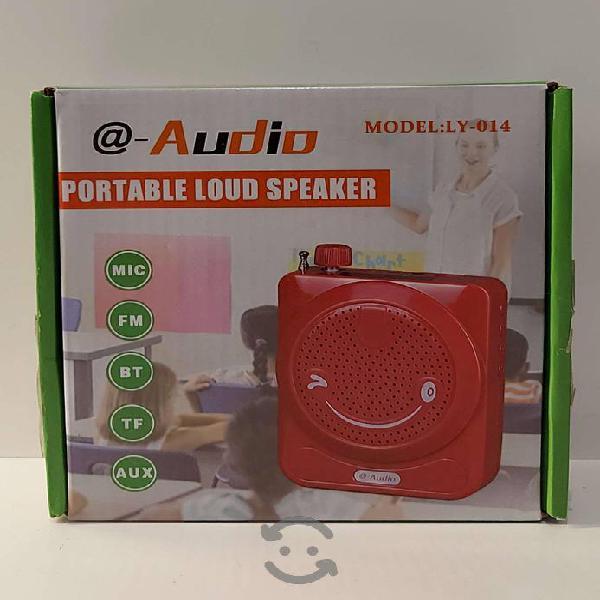 Bocina radio Fm portátil recargable usb y micro sd