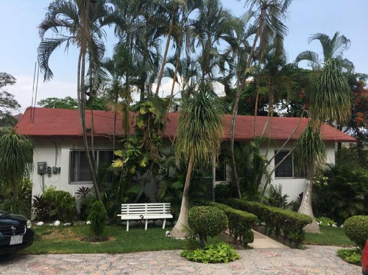 Casa en fraccionamiento de 4 recámaras en Granjas Merida