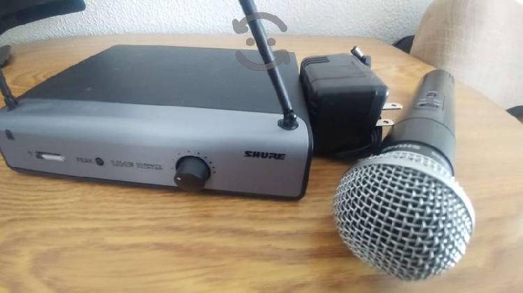 Equipo de audio Mezcladora Behringer Bafle JBL