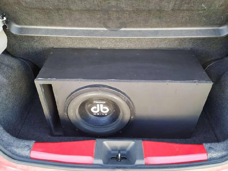 Equipo de sonido db drive