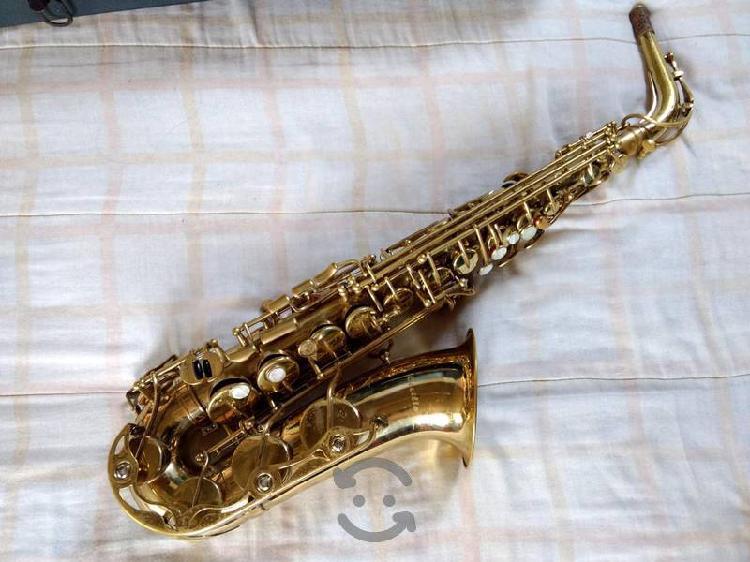 Saxofón Alto Cecilio