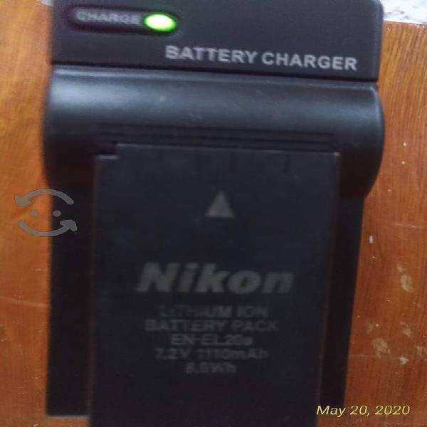 cámara NIKON 1J1