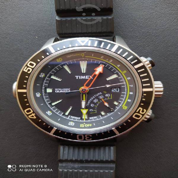 Timex Diver Intelligent Q