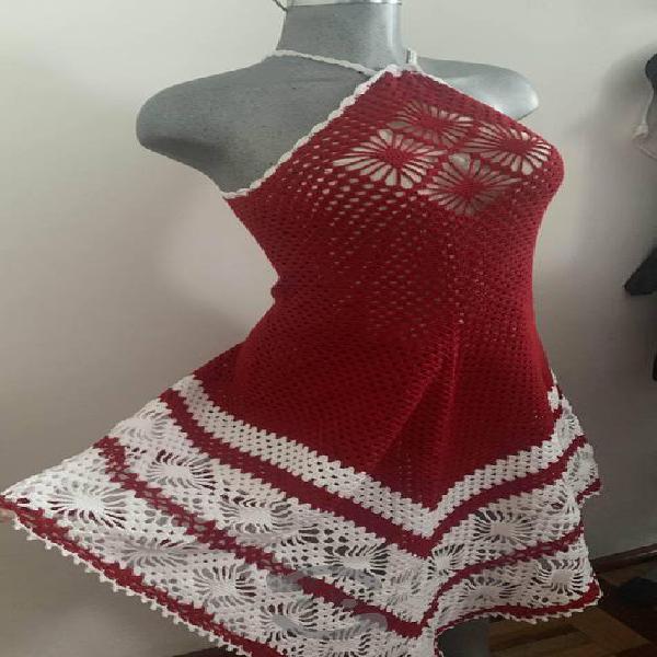 Vestido tejido a crochet para cóctel