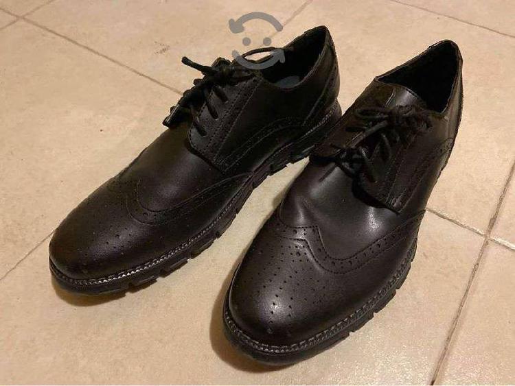 Zapatos para caballero marca Nautica talla 12 US,