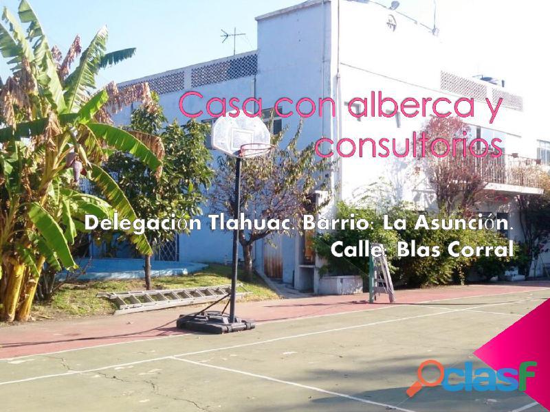 SE VENDE CASA CON ALBERCA Y CANCHA DE TENIS