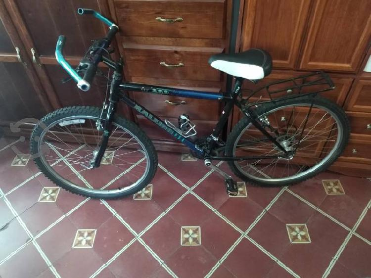 Bicicleta Raleigh 300 precio a tratar, buen estado