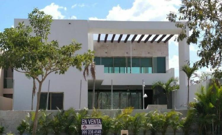 Casa en venta al Norte de Mérida, en Parque Natura