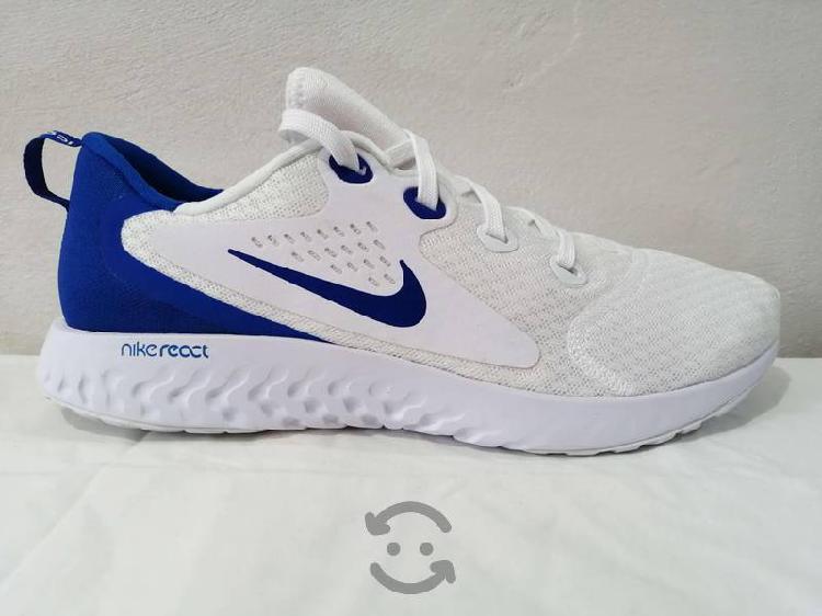 Tenis para correr Nike Legend Originales.