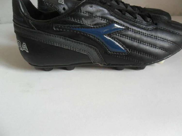Zapato Futbol diadora Niño Talla 23