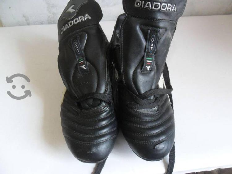 Zapatos Futbol Diadora talla 25mx