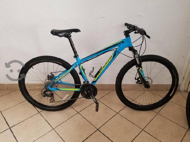 bicicleta de montaña Specializad R26 talla chica