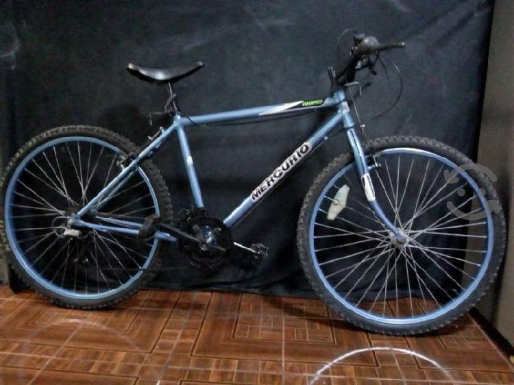 bicicleta rodada 26 azul metálico