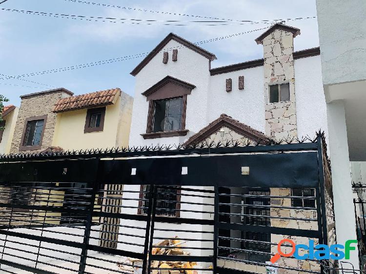 Casa sola en renta en Valle de las Cumbres, Monterrey, Nuevo