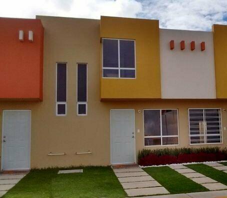 Casa de 3 Recámaras con una Recamara en Planta Baja en