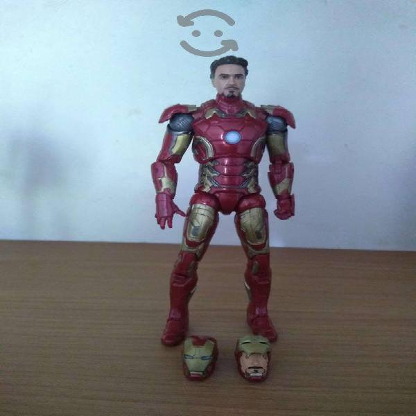Marvel Legends Iron Man Tony Stark
