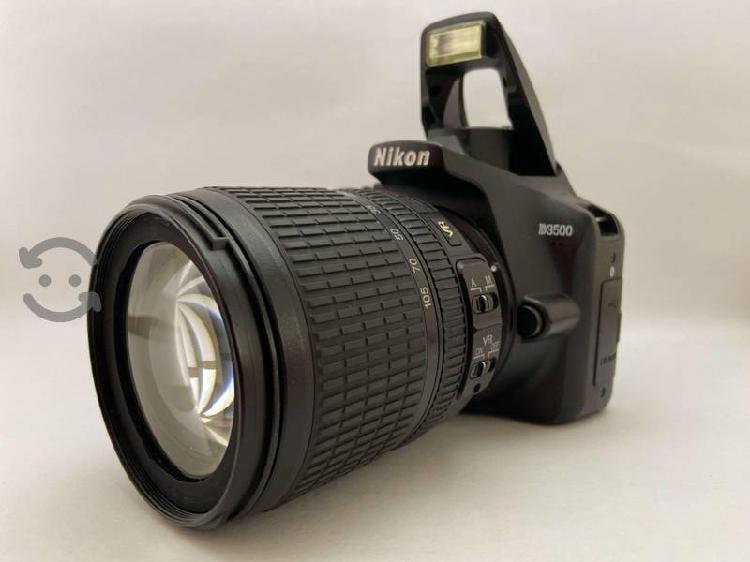 Nikon D3500 + Lente AF-s Nikkor DX 18-105mm