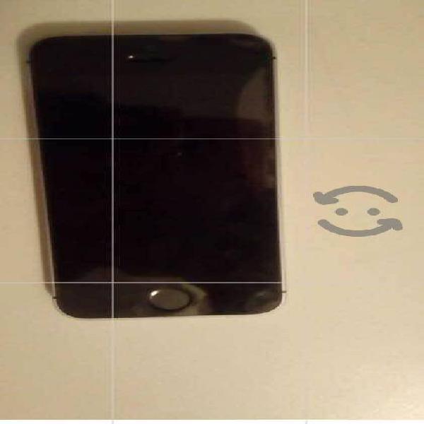 En venta seminuevo iPhone 6 SE precio a tratar