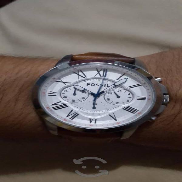 Reloj Fossil con Cronografo