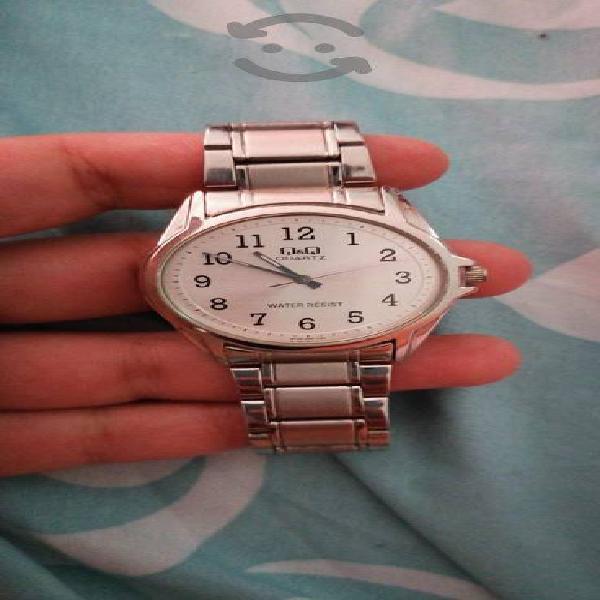 reloj de caballero Q&Q