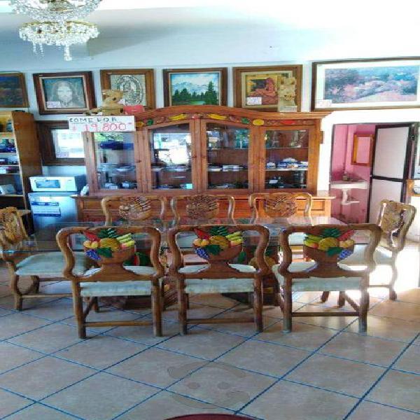 Comedor - vitrina y trinchador 7045009/4935-006