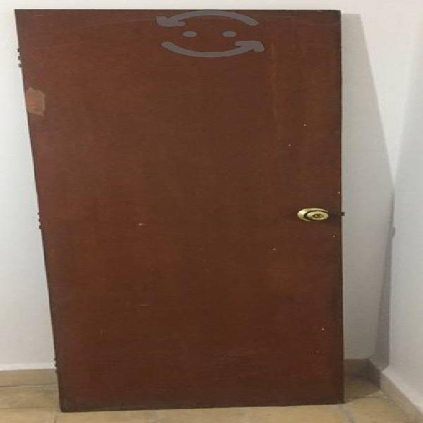 Puerta de madera (tambor)
