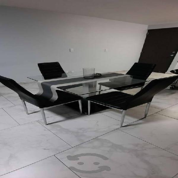 Comedor 4 sillas moderno