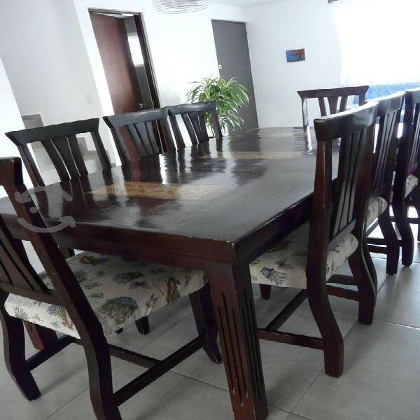 REMATO! Comedor de madera con 8 sillas