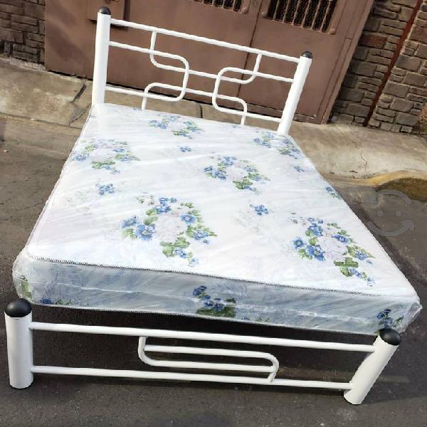 base de cama matrimonial con Colchon