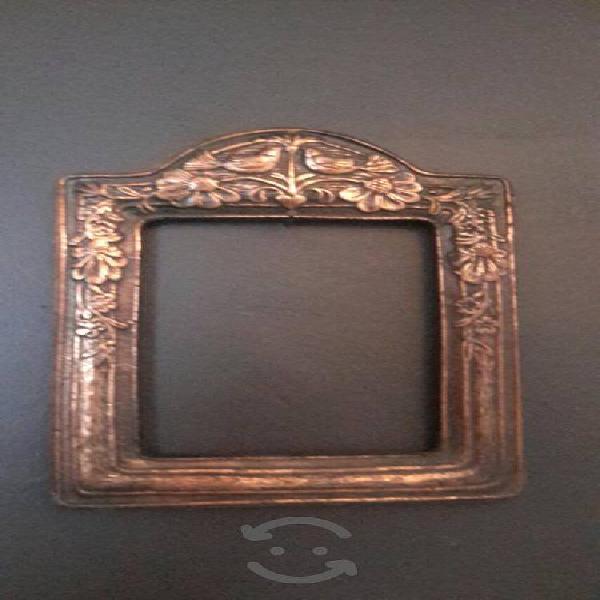 porta retratos antigüo de COBRE