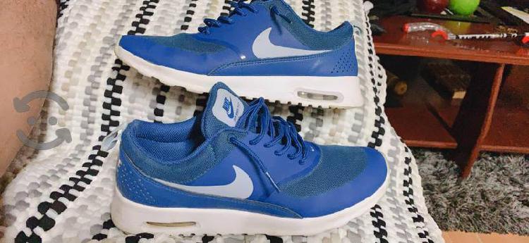 Nike air max thea 6