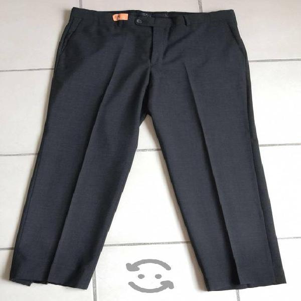 Pantalón de vestir, marca Perry Ellis, talla 36