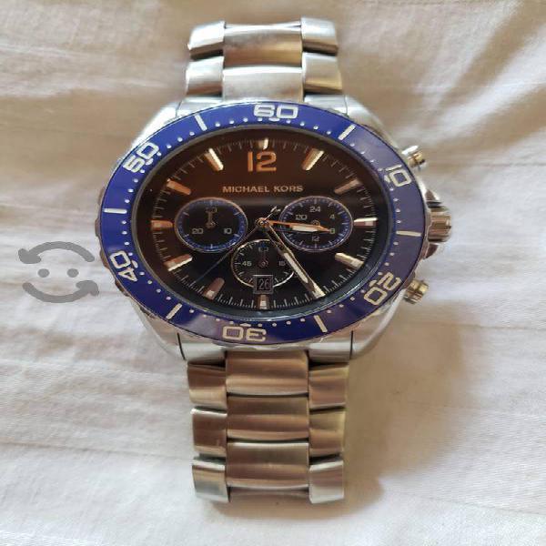 Reloj MK hombre 8422