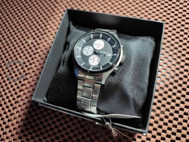 Reloj Seiko Cronografo totalmente nuevo