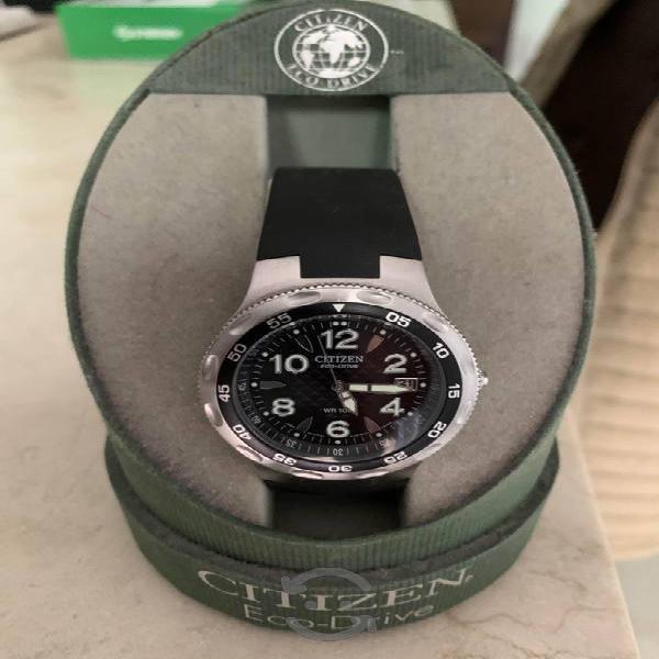 Reloj de caballero (Citizen Eco Drive) negro