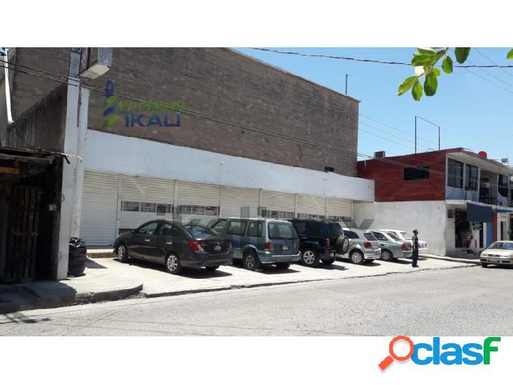 Renta bodega o local comercial 2000 m² Col. Centro Tuxpan
