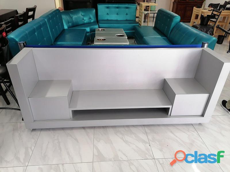 Se vende mueble para tv color gris