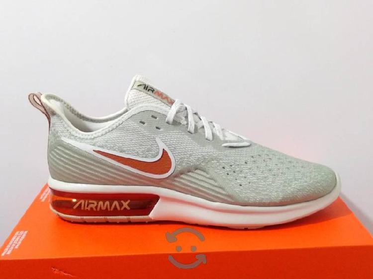 Tenis Originales Nike Air Max Talla 28