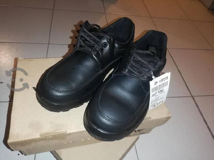 Zapatos de piel #27, nuevos VanVien