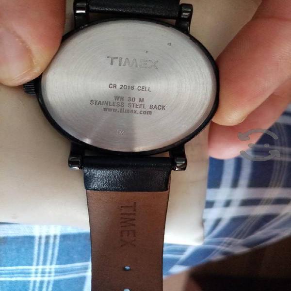 precioso reloj timex, entrego en