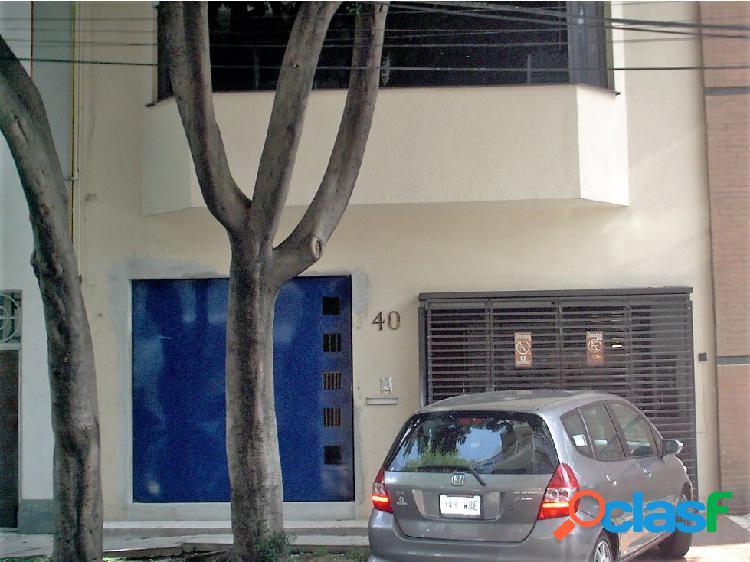 Casa con uso de suelo para oficinas Condesa